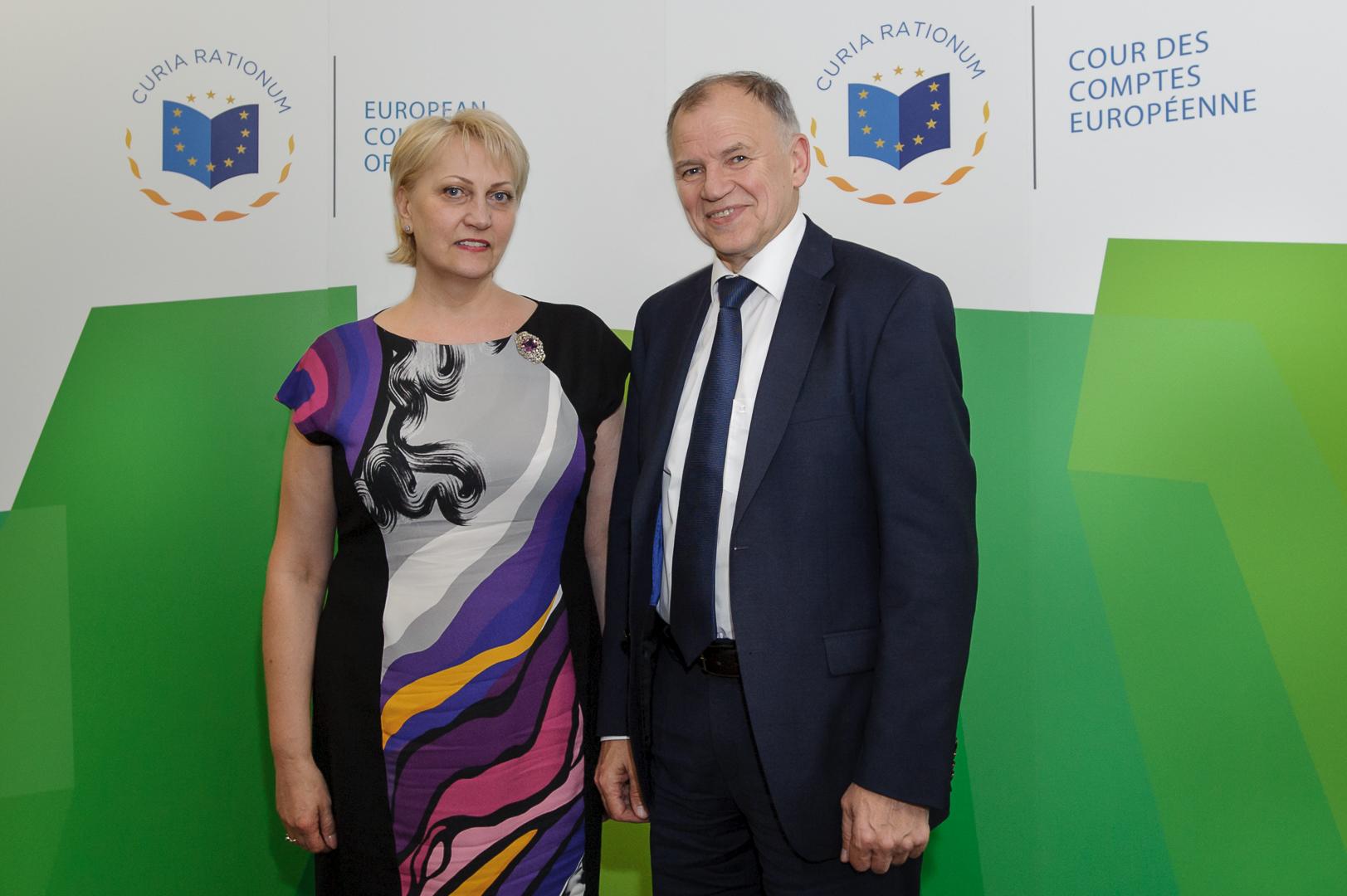 ECA Member Rasa Budbergyte welcoming Commissioner Vytenis Andriu